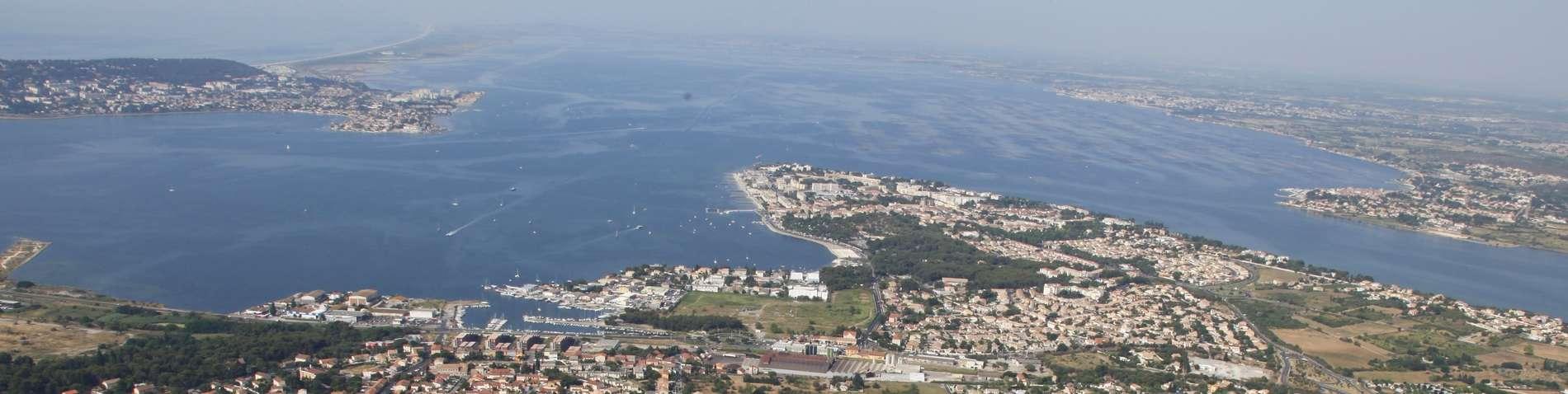 Vue aérienne de la presqu'île