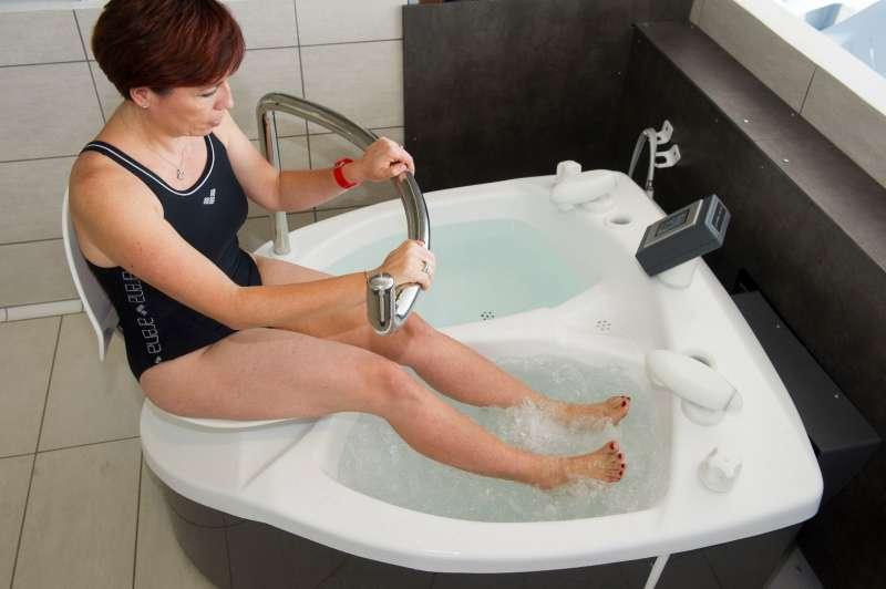 Bain de jambes Phlébologie Thermes de Balaruc les Bains