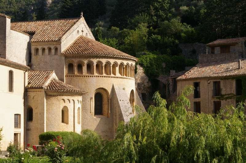 chevet-abbaye-de-gellone-oti-st-guilhem-vallee-herault-46
