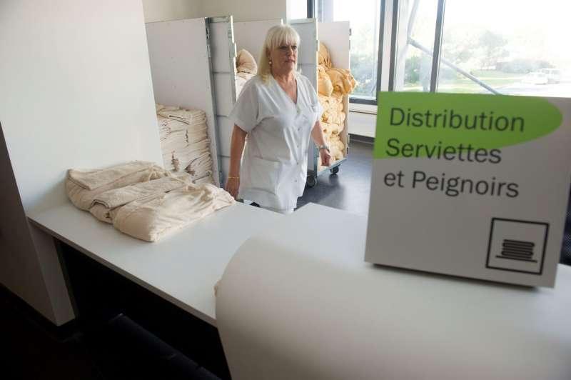 Distribution Serviettes et Peignoirs Thermes de Balaruc les Bains