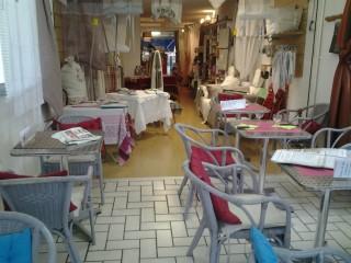 Aux Tissus Couleurs Sucrées Linge de maison Salon de Thé Balaruc-les-Bains _1