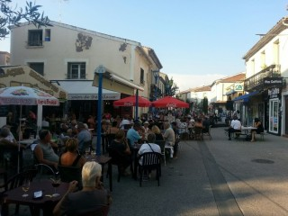 Les Jeudis de Balaruc par les commerçants de Balaruc-les-Bains