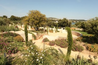 jardin-antique-mediterraneen