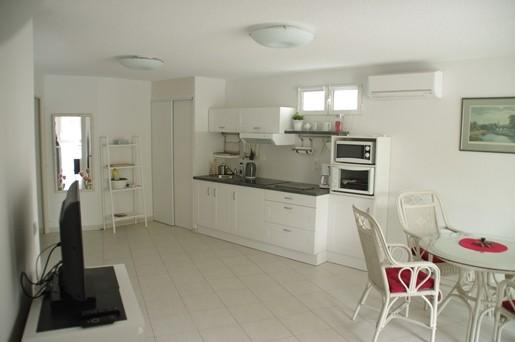 Appartement t2 balaruc les bains 4 personnes 39 m agence for Garage jean lain thonon les bains