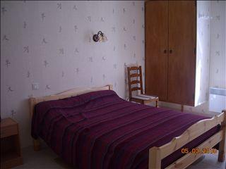 Appartement t3 espalion 4 personnes 56 m m amiel jean for Garage jean lain thonon les bains