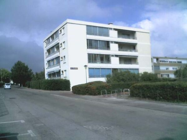 LOCATION BALARUC LES BAINS MR FOUCART N°4 RESIDENCE LE COLBERT