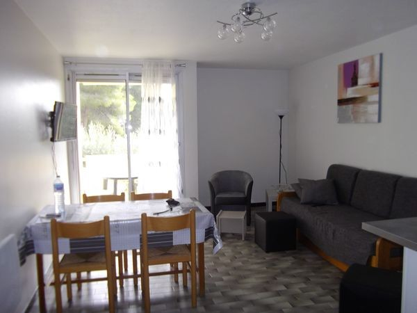 LOCATION BALARUC-LES-BAINS RESIDENCE CAPRICORNE A