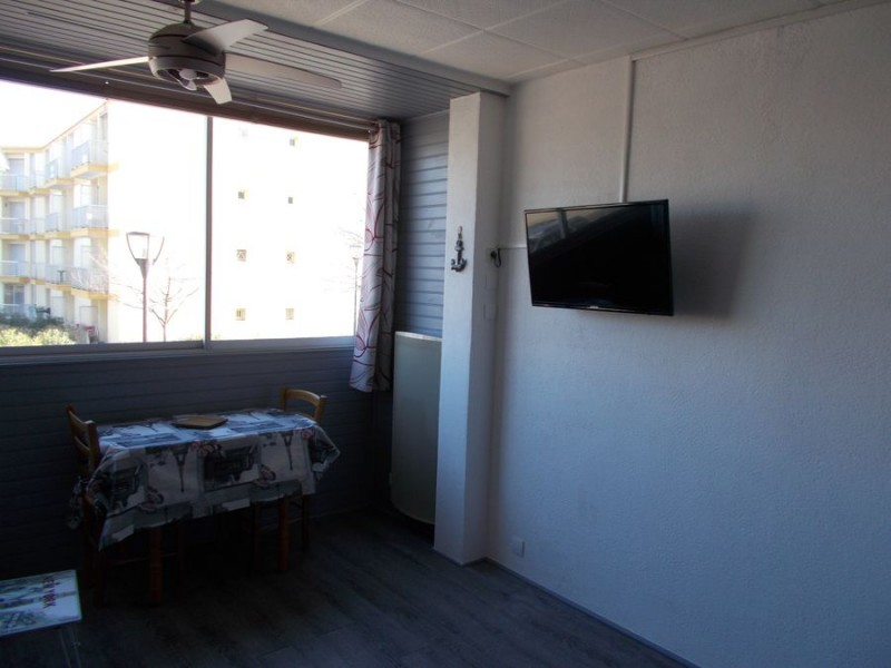 LOCATION BALARUC LES BAINS RESIDENCE LAURIERS ROSES