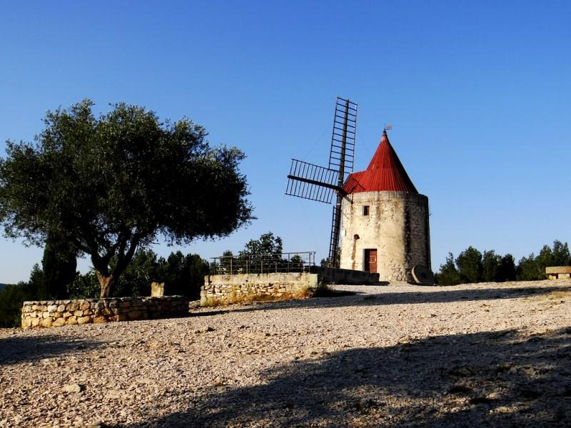 Le moulin d'Alphonse Daudet ©Delphine Meunier Flickr